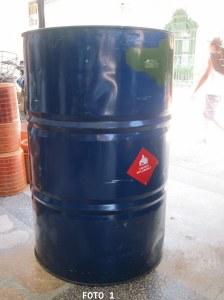 Conseguir una caneca de 55 galones (208 litros)